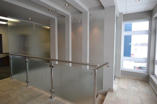 Picture of 08-Escalier panneaux de verre