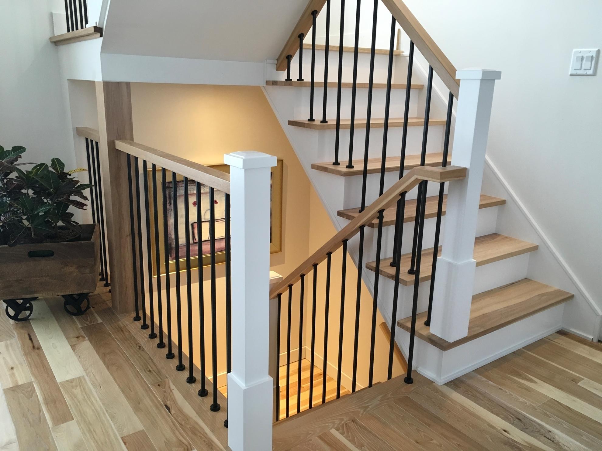 Image sur 09-Escalier barreaux de métal