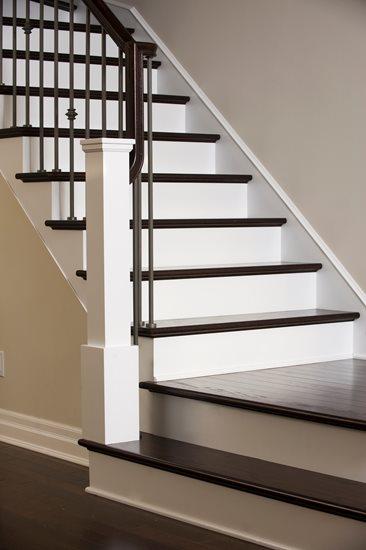 Picture of 10-Escalier barreaux de métal