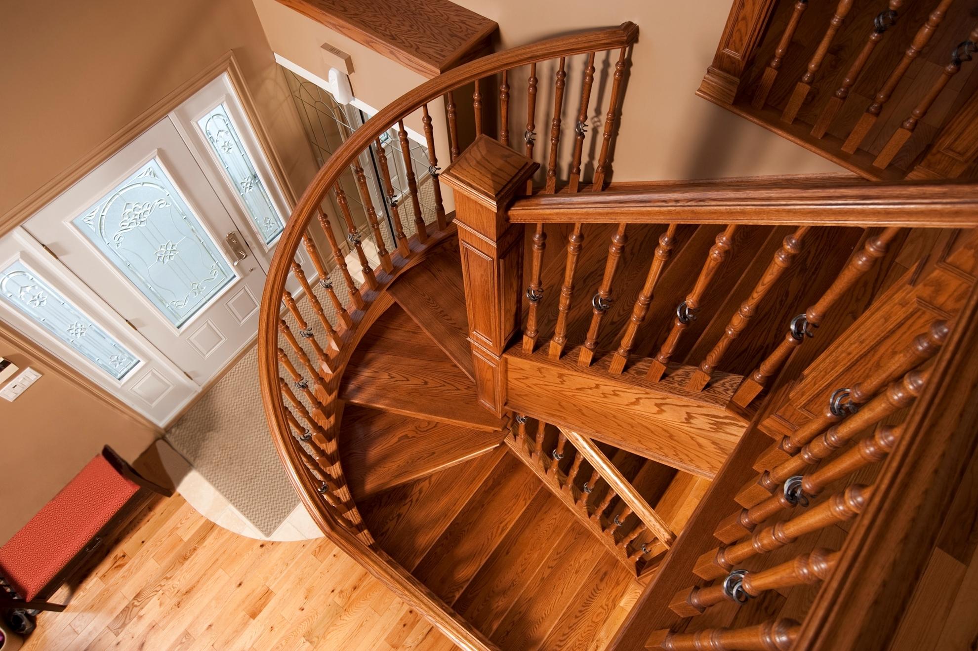 Image sur 12-Escalier barreaux de métal