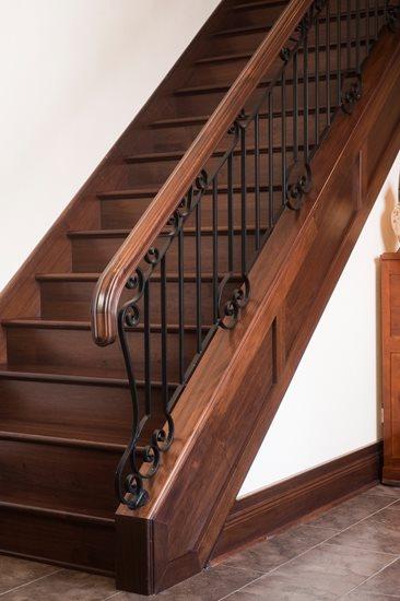 Picture of 13-Escalier barreaux de métal