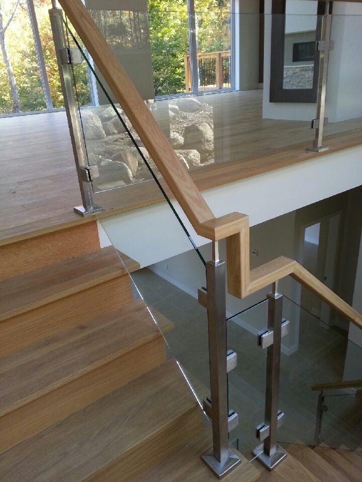 Picture of 12-Escalier panneaux de verre