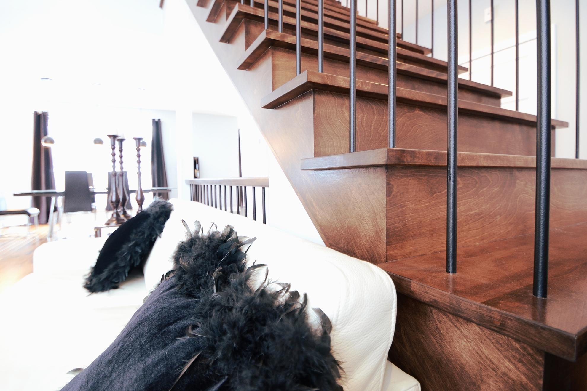 Image sur 14-Escalier barreaux de métal