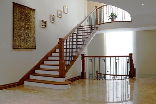 Image de 16-Escalier barreaux de métal