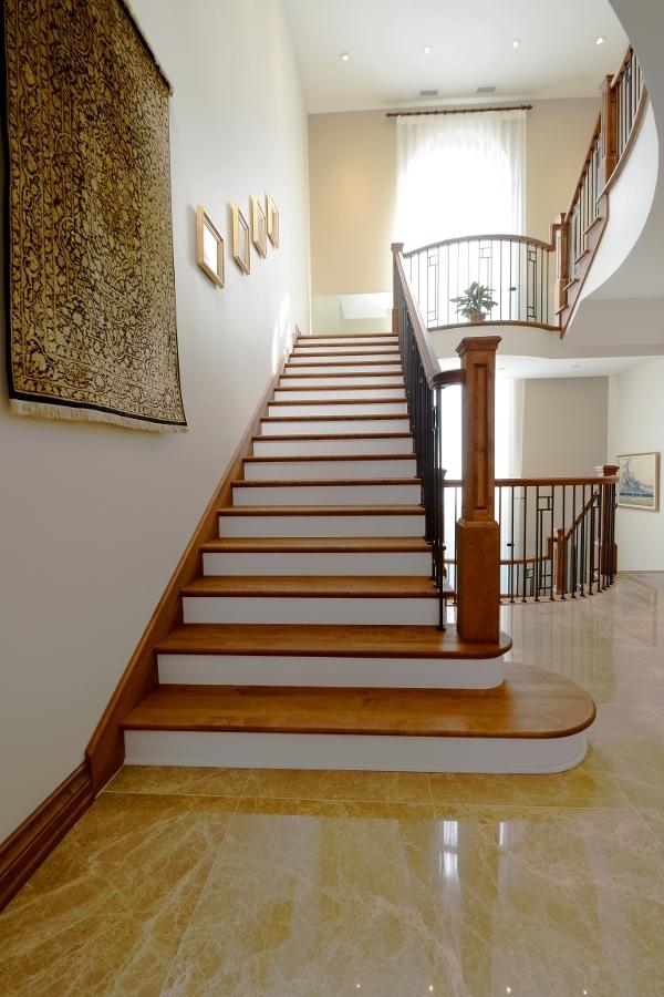 Image sur 16-Escalier barreaux de métal