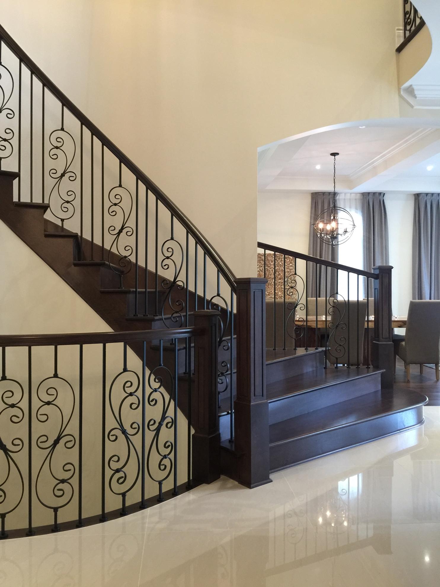 Image sur 17-Escalier barreaux de métal