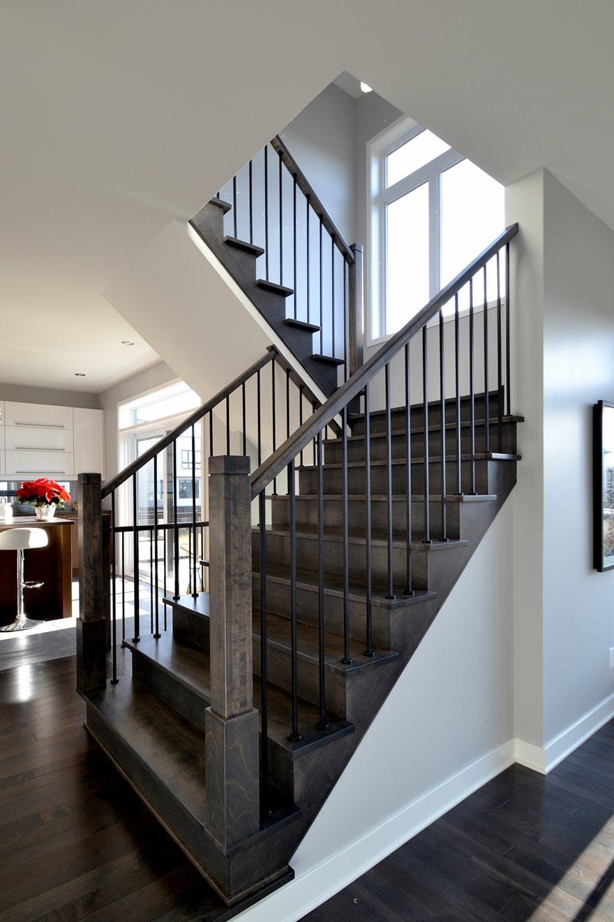 Image sur 18-Escalier barreaux de métal