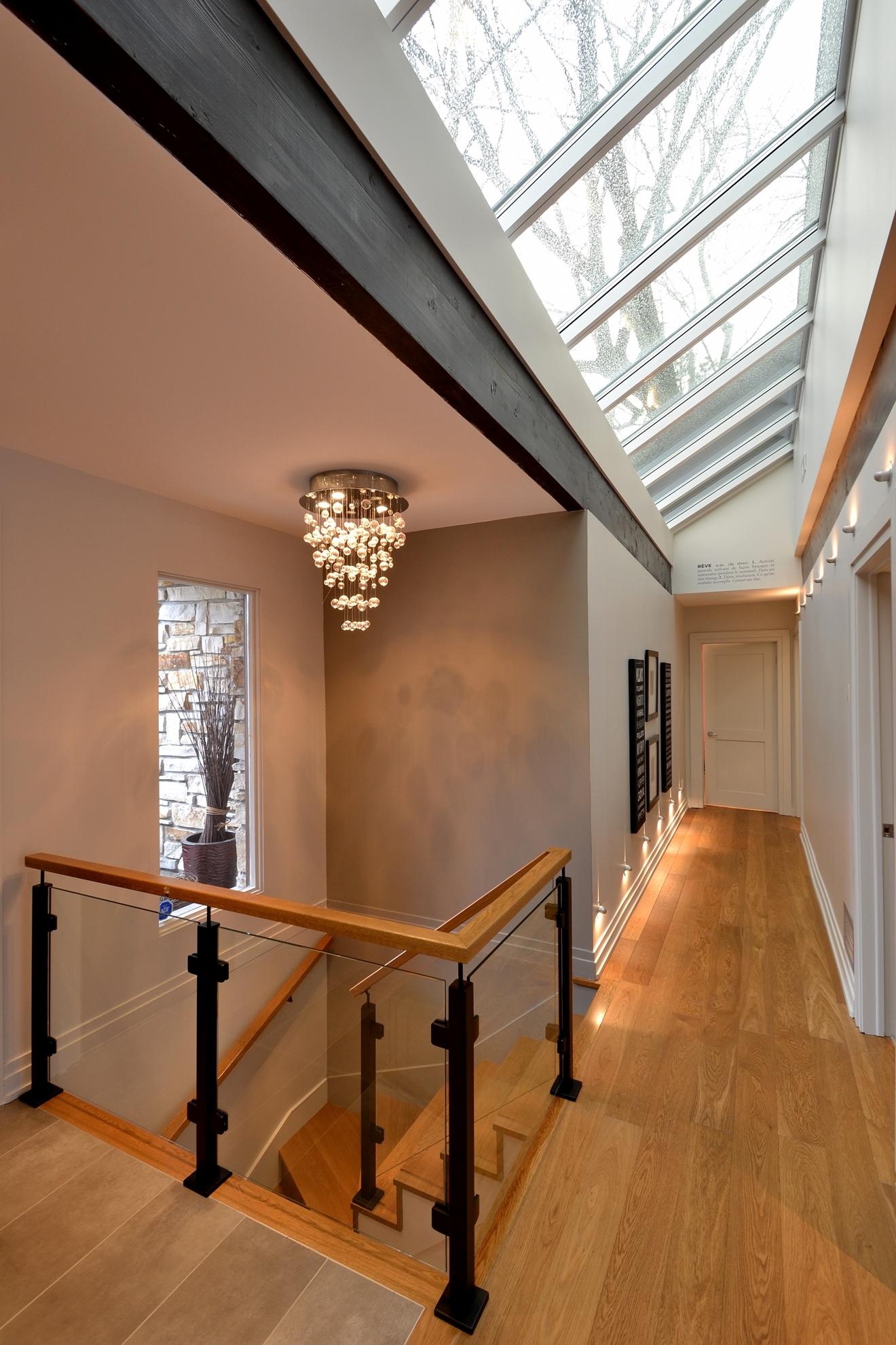 Picture of 15-Escalier panneaux de verre