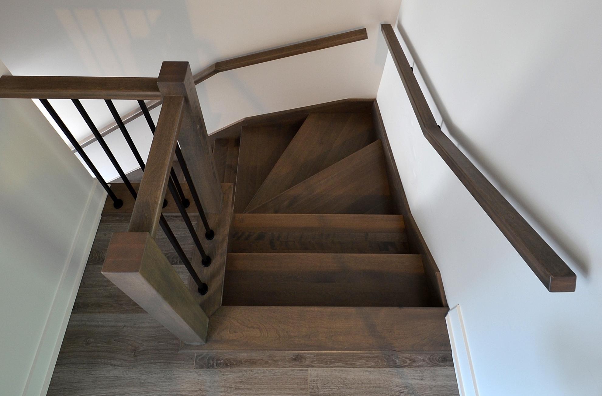 Image sur 20-Escalier barreaux de métal