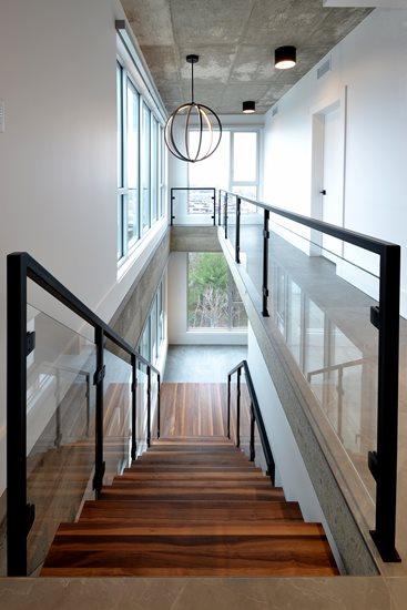 Image de 17-Escalier panneaux de verre