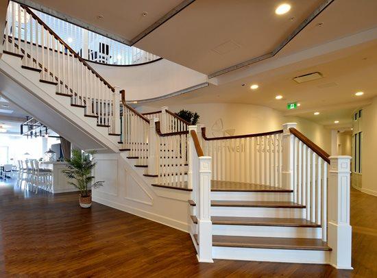 Escalier barreaux de bois