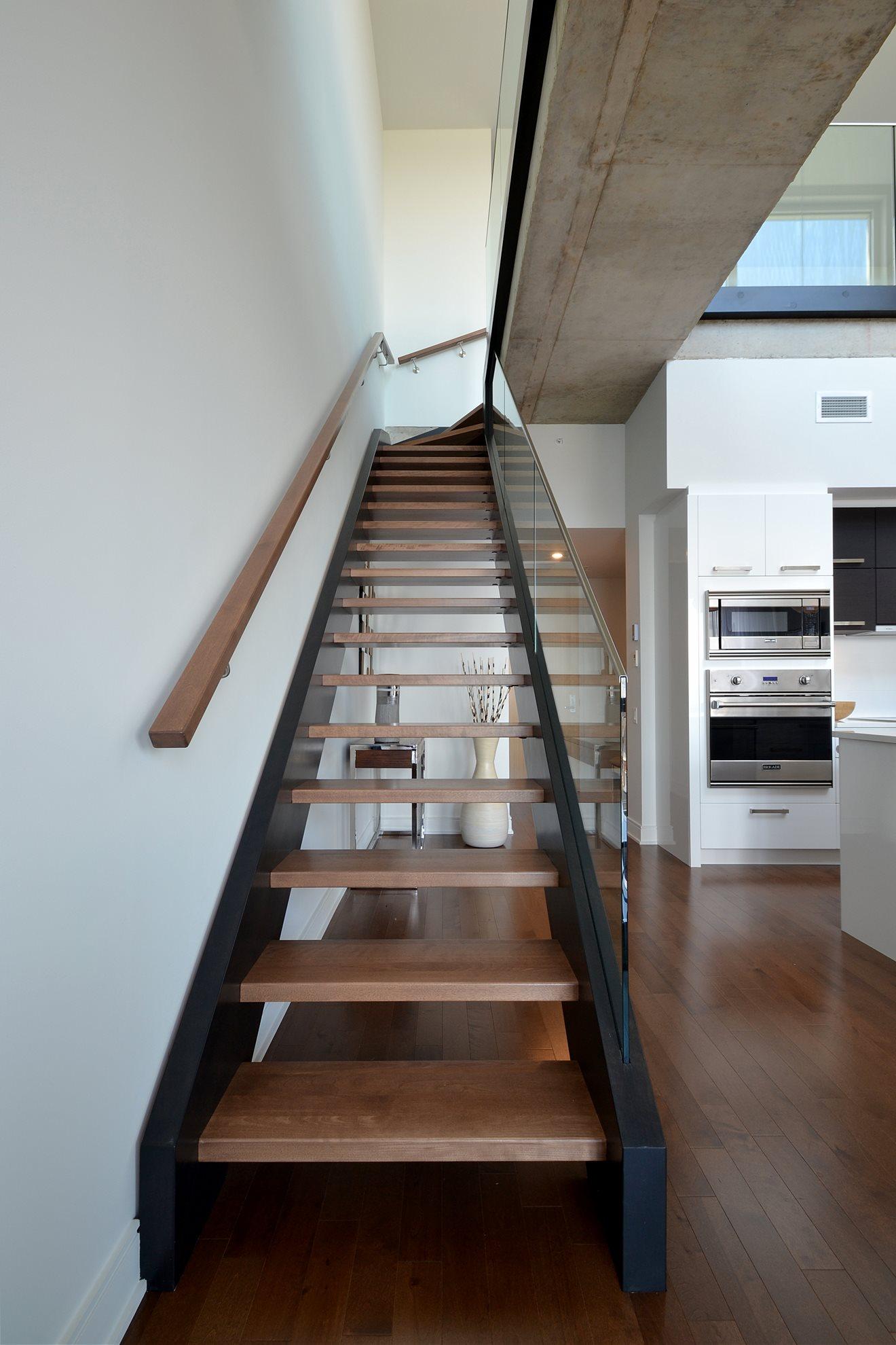 Escalier panneaux de verre